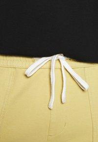 Jack´s Sportswear - DRAWSTRING - Shorts - sand - 5