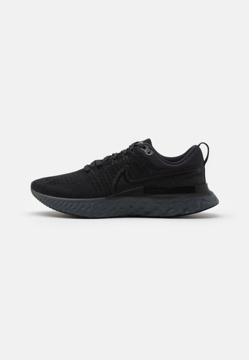 Nike Performance - REACT INFINITY RUN FK 2 - Neutrální běžecké boty - black/iron grey/white