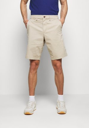 IN SOLID - Shorts - iconic khaki