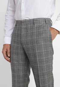 CC COLLECTION CORNELIANI - Trousers - light grey - 3