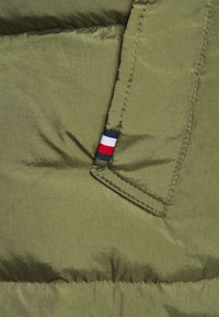 Tommy Hilfiger - Down coat - green - 9