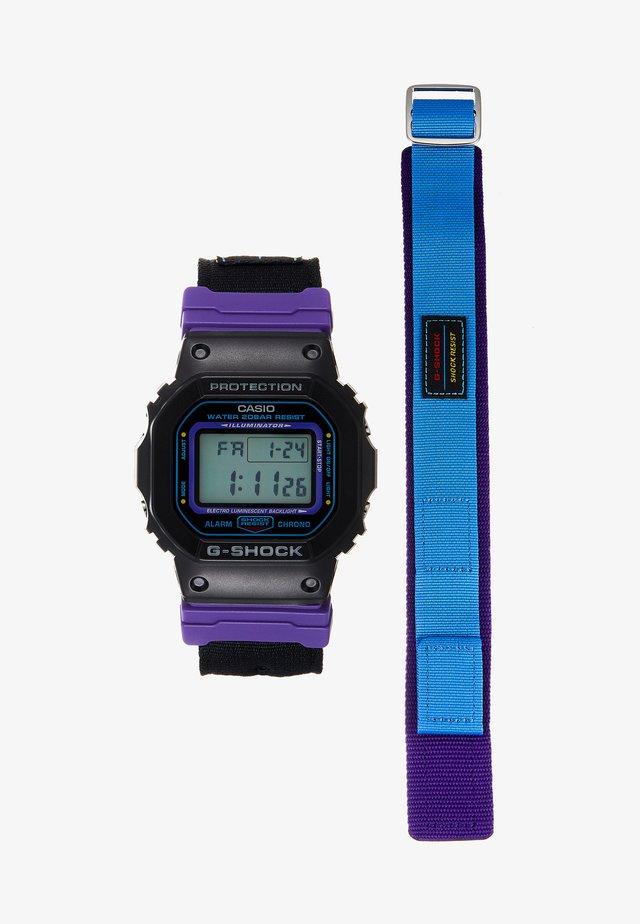 DW-5600 THROWBACK SET - Digitalklokke - black/purple