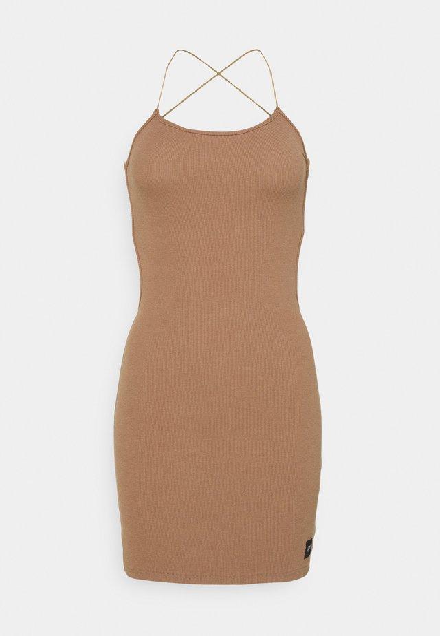 SEXY DRESS - Korte jurk - sand