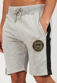 Glorious Gangsta - Shorts - grey/black - 4