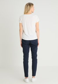 TOM TAILOR DENIM - STRIPE SLUB TEE - Triko s potiskem - off white