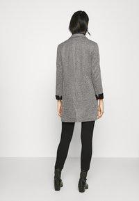 Vero Moda - VMCHECK 3/4 LONG - Krátký kabát - dark grey melange - 2