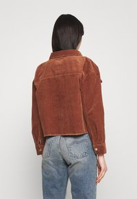 ONLY - ONLMARINA BITTEN LIFE - Summer jacket - rustic brown - 2