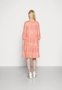 comma - Day dress - coral - 2