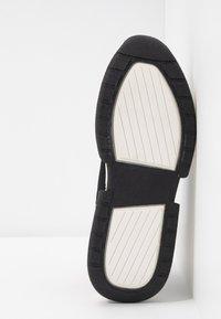 DKNY - MARCEL - Sneakers high - black - 6