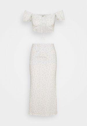 OFF SHOULDER PRINTED SET - A-line skirt - multicololr