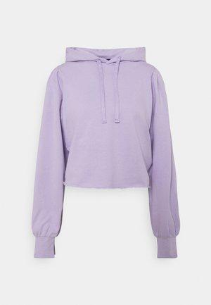 KIRA X NU - IN CROPPED PUFF SLEEVE HOODIE - Hoodie - purple