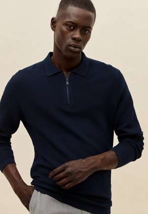 GRAVITY - Polo shirt - námořnická modrá