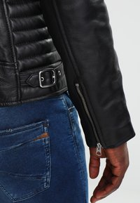 Schott - JOE - Leather jacket - black - 4