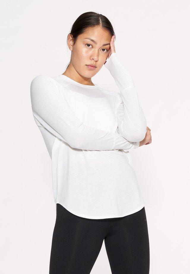 CLARA - Pitkähihainen paita - white