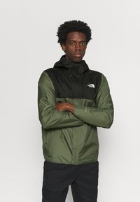 The North Face - QUEST ZIP IN JACKET - Chaqueta Hard shell - thyme/black - 0