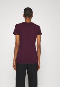 GAP - TEE - Print T-shirt - secret plum - 2