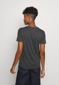 Superdry - GLITTER EMBOSS ENTRY TEE - T-shirts med print - charcoal marl - 2