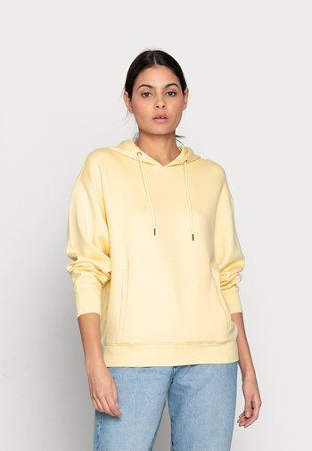 IMA LOGO HOOD - Sweatshirts - banana
