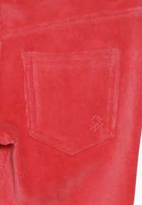Benetton - TROUSERS - Kalhoty - red - 4