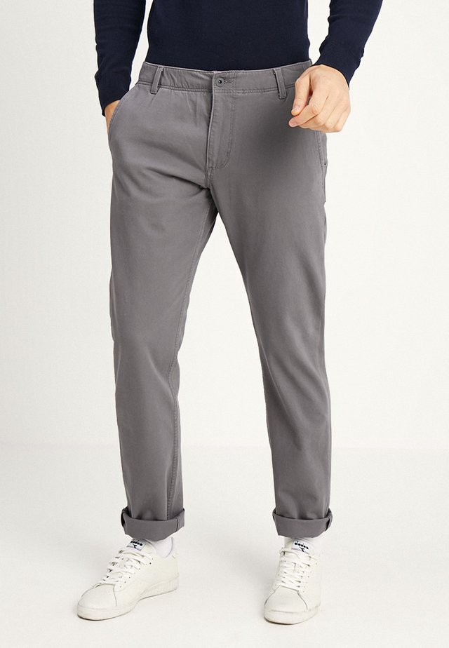 SMART FLEX ALPHA LIGHTWEIGHT TEXTURED - Pantalones chinos - burma grey