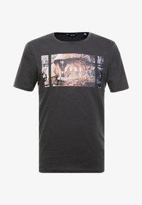 Only & Sons - ONSBERNIE CAMP TEE - T-Shirt print - phantom - 3