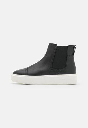 CORA - Kotníková obuv - black