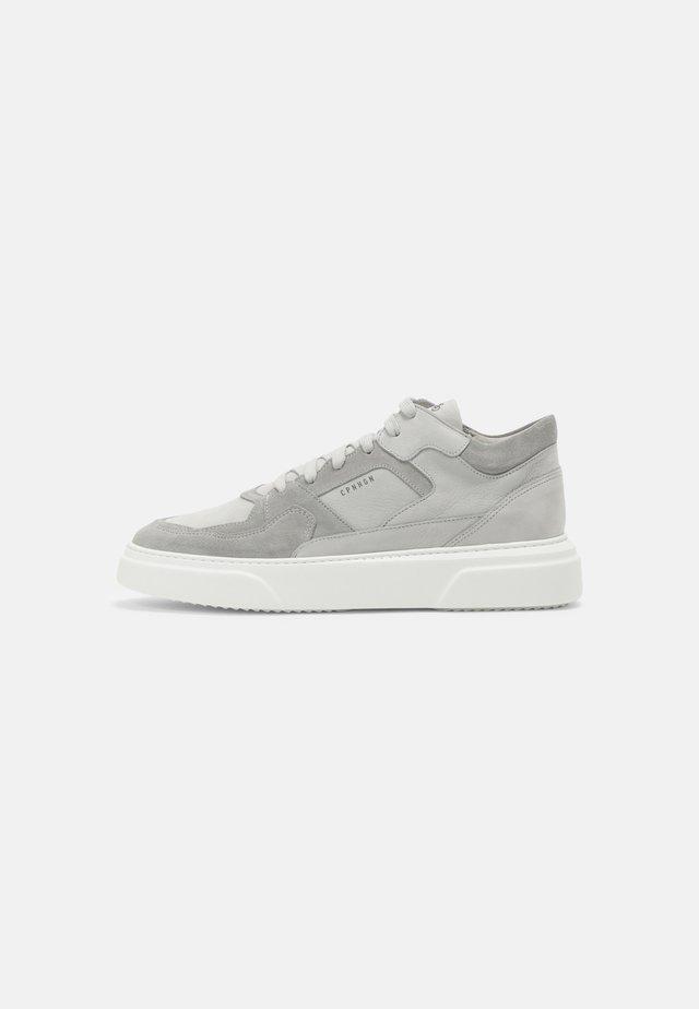 CPH111M - Baskets basses - light grey