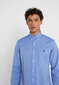 Polo Ralph Lauren - CUSTOM FIT - Camisa - blue end on end - 3