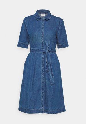 JDYSANDRA LIFE SHIRT DRESS - Denim dress - medium blue denim