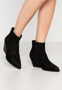 Steven New York - SIERPA - Ankle boots - black - 0
