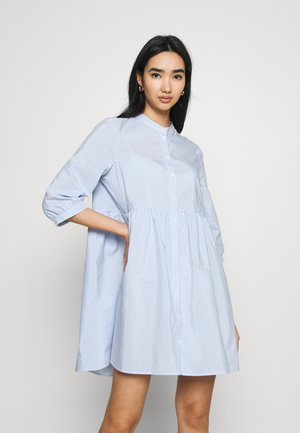 VMSISI 3/4 DRESS - Denní šaty - snow white/cashmere blue