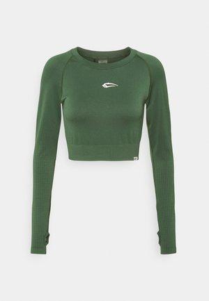 ENDLESS - Long sleeved top - grün