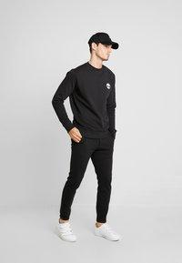 Timberland - CREW - Sweatshirt - black - 1