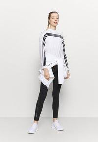 adidas Performance - Topper langermet - white/black - 1