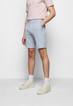 COMO LIGHT - Shorts - dust blue