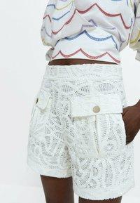 Uterqüe - Shorts - white - 4