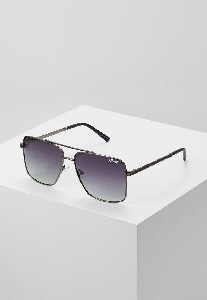 QUAY AUSTRALIA - AIR CONTROL - Sunglasses - gunmetal/smoke