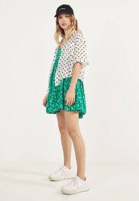 Bershka - Robe d'été - green - 1