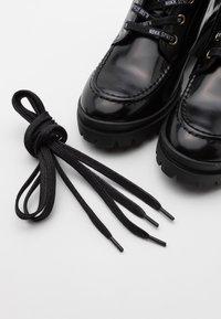 Nubikk - JANE VELAS - Lace-up ankle boots - black mirror - 6