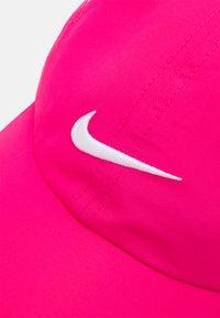 Nike Sportswear - NAN FEATHERLIGHT UNISEX - Kšiltovka - rush pink - 3