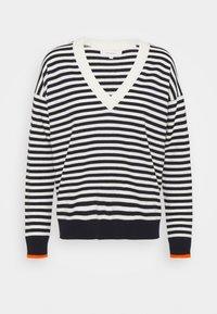 CHINTI & PARKER - STRIPE WITH CONTRAST NECK - Pullover - cream/navy/orange - 0