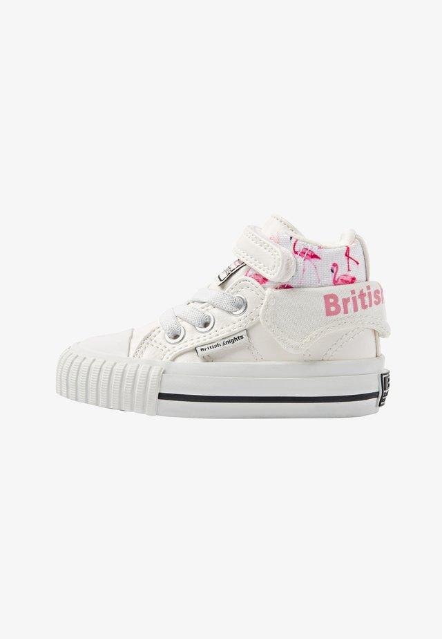 ROCO - Chaussures premiers pas - white/flamingo
