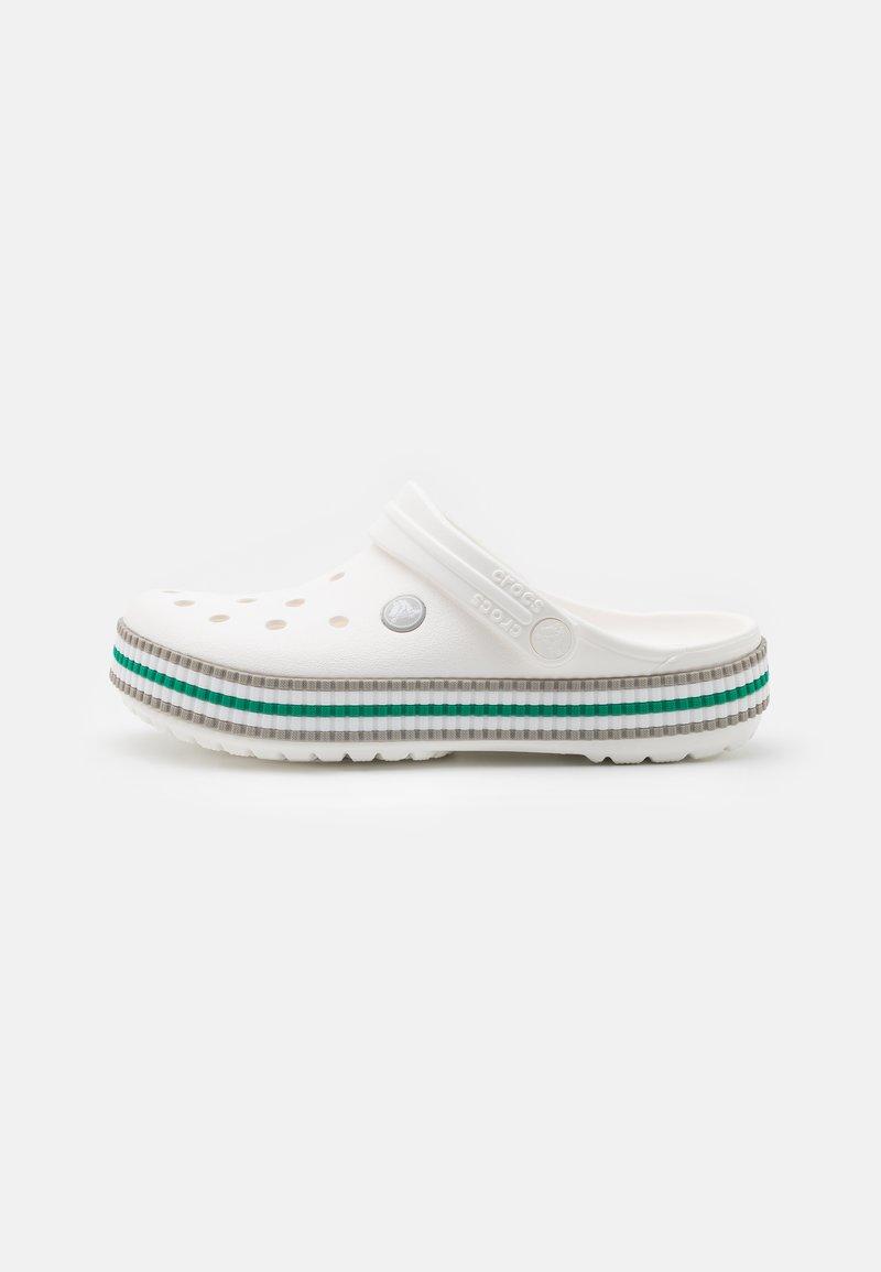 Crocs - CROCBAND VARSITY UNISEX - Mules - white