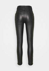 Vila - VICOMMIT COATED ZIP PANT - Trousers - black - 1