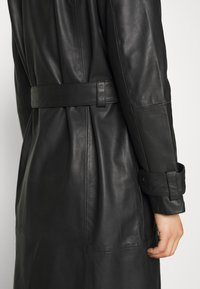 Deadwood - TERRA COAT - Trenchcoat - black - 5