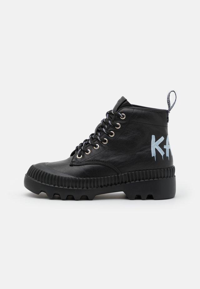 TREKKA BRUSH LOGO HIKER - Ankle Boot - black