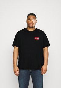Levi's® Plus - 2 PACK - Print T-shirt - caviar/white - 3