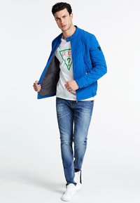 Guess - Winter jacket - blau - 1