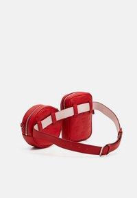 MCM - Bum bag - viva red - 5