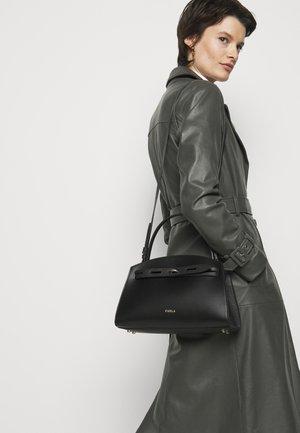 MARGHERITA TOP HANDLE - Handbag - nero